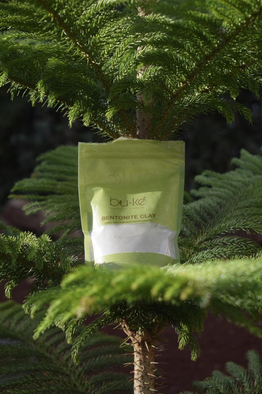 Bentonite clay for use in natural hair mask